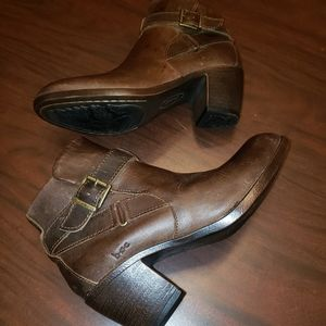 b.o.c. Shea Brown Leather Ankle Boots Sz 6